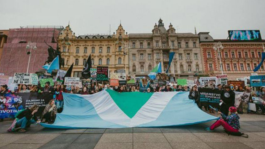 VEGAN FLAGS WAVING IN ZAGREB (CROATIA) FOR THE NEXT WORLD VEGAN DAY